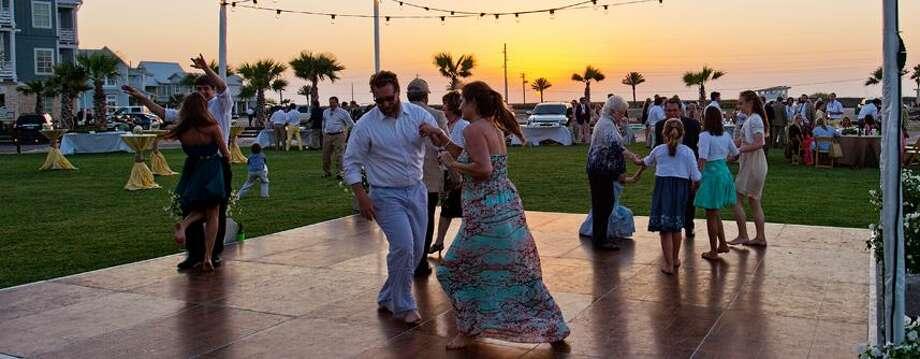Cinnamon ShorePort AransasContact: 888-893-0656Website: http://www.cinnamonshore.com/wedding/This Mustang Island spot in Port Aransas is a great place to have a beach wedding. Photo: Guillen, Darla, Courtesy Cinnamon Shore