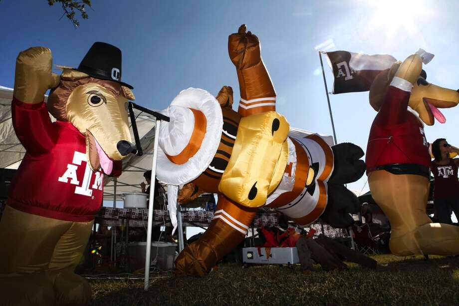 The world of mascots is a harrowing affair it seems. Each college's furry, scaly and bushy symbols have varying origin stories, behaviors and talents. We've highlighted the pros and cons of the major college mascots in our area. See if you agree with our determinations. Photo: Staff Photographer