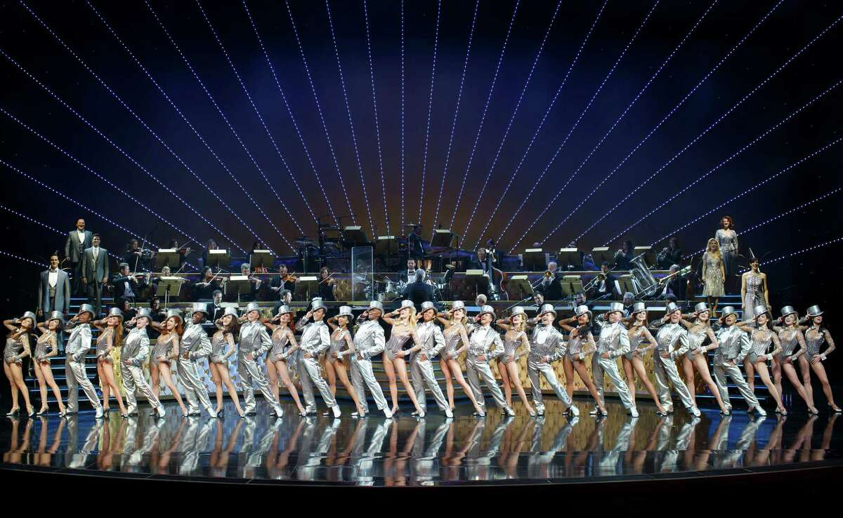 """""""Steve Wynn's ShowStoppers"""" is new at Wynn Las Vegas. The performers are an endearing, polished lot - the cast numbers 35 and there's a 31-piece orchestra on stage."""
