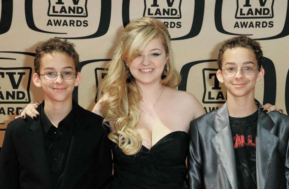 "In this April 17, 2010 photo, Sawyer Sweeten, Madylin Sweeten and Sullivan Sweeten arrive at the 8th Annual TV Land Awards in Los Angeles, California. Sawyer Sweeten, who played one of Ray Romano's twin sons in the CBS comedy ""Everybody Loves Raymond,"" has died. He was 19. Sweeten committed suicide, his sister Madylin Sweeten, said in a statement, Thursday, April 24, 2015.  (Photo by Jordan Strauss/Invision/AP Images) ORG XMIT: NY119 Photo: Jordan Strauss / Invision"