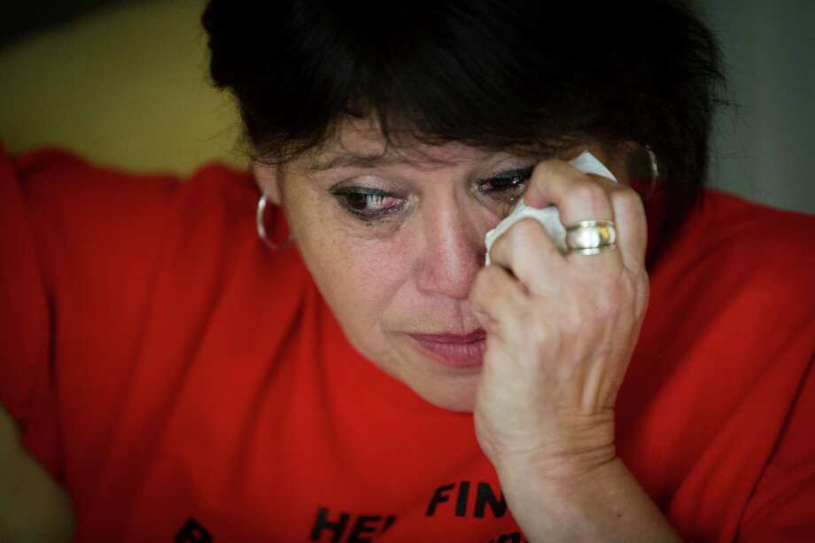Gloria Esparza of Pasadena, gets emotional at the thought of her missing son Ryan Jacob Esparza. Photo: Marie D. De Jesus, Staff / © 2015 Houston Chronicle