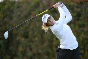 Paula Creamer bows out at Lake Merced after shooting 82-78 - Photo