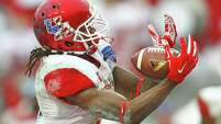 Former University of Houston wide receiver Deontay Greenberry decided to forgo his final year of collegiate eligibility to enter the NFL draft, but he is facing the daunting prospect of going unselected after not being able to build up his draft stock.