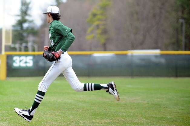 Shenendehowa pitcher Ian Anderson runs to back up third base during their baseball game against Niskayuna on Friday, April 24, 2015, at Shenendehowa High in Clifton Park, N.Y. (Cindy Schultz / Times Union) Photo: Cindy Schultz / 00031580A