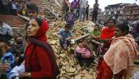 Nepal quake: Hundreds dead, history crumbles, Everest shaken - Photo