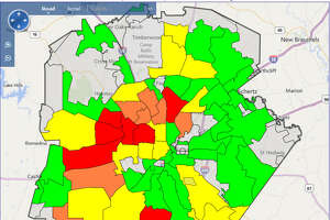 As of 9 a.m., CPS Energy reports that there were 496 active outages across the city.