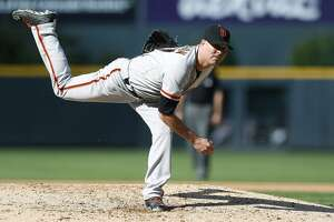 Giants Splash: What Bochy plans to tell a struggling McGehee - Photo