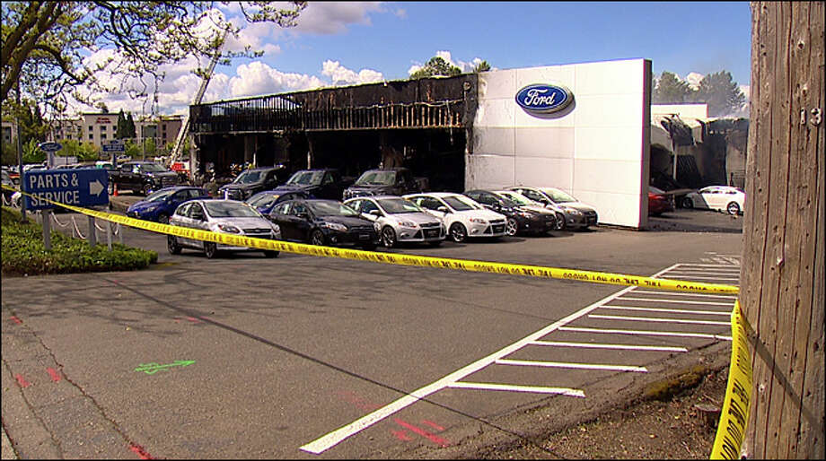Ford Of Bellevue >> Crews Battle Stubborn Fire At Bellevue Ford Dealership Seattlepi Com