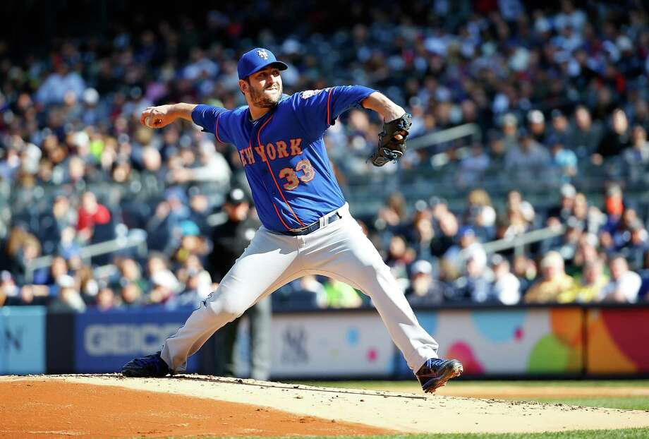 NEW YORK, NY - APRIL 25:  Starting pitcher Matt Harvey #33 of the New York Mets throws a pitch in the first inning against the New York Yankees on April 25, 2015 at Yankee Stadium in the Bronx borough of New York City.  (Photo by Nate Shron/Getty Images) ORG XMIT: 538578059 Photo: Nate Shron / 2015 Getty Images