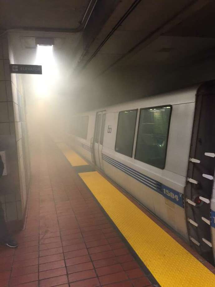 Smoke fills the 16th Street BART station on Monday morning after smoke caused by a mechanical problem on a BART train. Photo: Courtesy @FranBoogie / Twitter