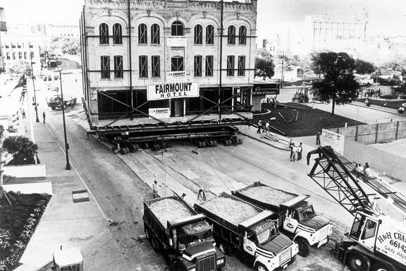 Moving the Fairmount Hotel in 1985 took six days and.