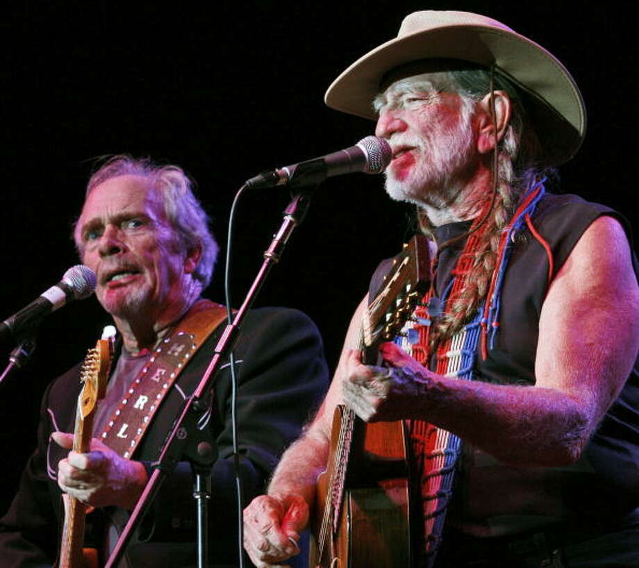 "Willie NelsonThe pair worked together on albums ""Django and Jimmie,"" ""Pancho & Lefty."" Photo: The Washington Post, File / Getty  / The Washington Post"
