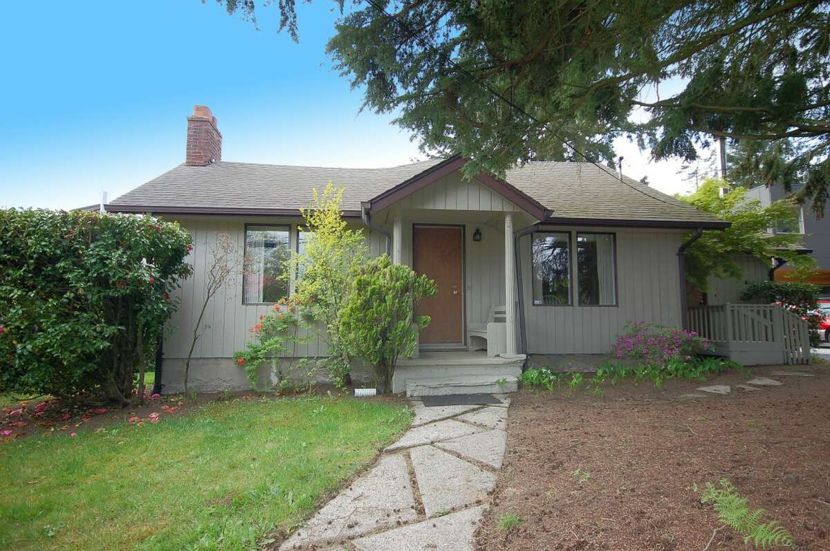 The first home, 3241 N.E. 95th St., is listed for $425,000. The three bedroom, one-and-three-quarters bathroom home features hardwood floors and a wood-burning stove. See the full listing here.