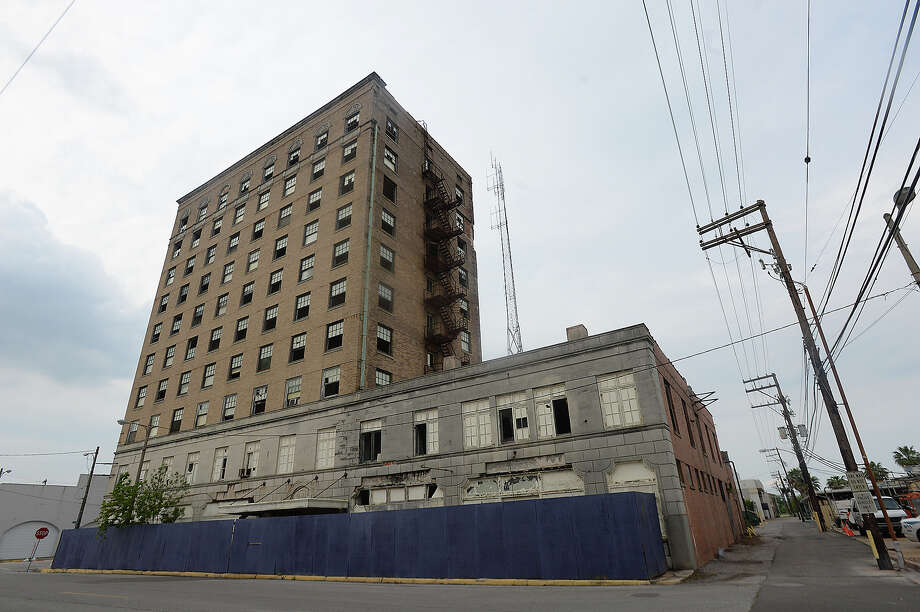 The price tag to implode Port Arthur's abandoned Hotel Sabine is estimated at $1 million. A City Council member has proposed luring a filmmaker to town to blow up all the neglected and falling-down buildings the city can't afford to demolish. Photo: Kim Brent / Beaumont Enterprise