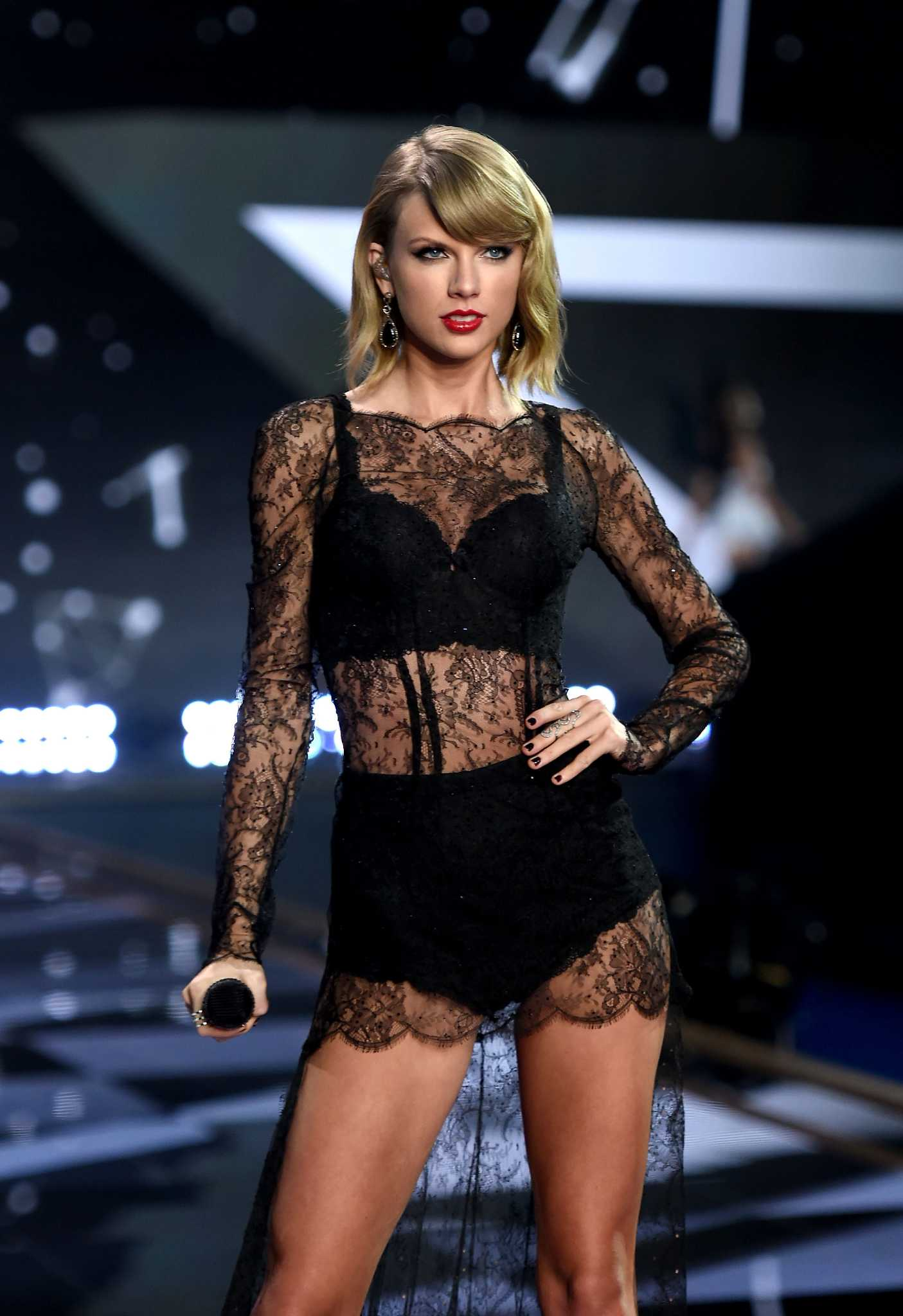 Taylor Swift Named Number One In Maxim S Hot 100 List Houstonchronicle Com