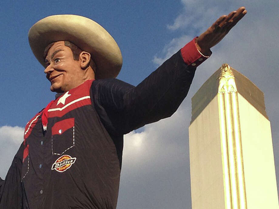 Texas: Big Tex, the towering statue of the Texas State Fair in Dallas. A bigger Stetson you will not find. Photo: Donovan Reese Photography, Getty Images / This image is subject to copyright.