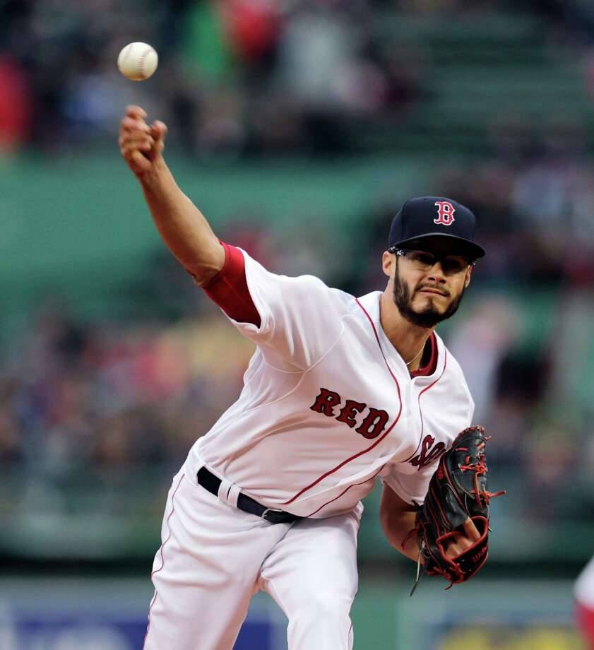 Boston Red Sox starting pitcher Joe Kelly delivers during the first inning of a baseball game against the Toronto Blue Jays at Fenway Park in Boston, Monday, April 27, 2015. (AP Photo/Charles Krupa) ORG XMIT: MACK103 Photo: Charles Krupa / AP