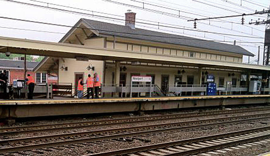 Ridership on Metro-North Railroadís New Haven Line reached record highs in 2014, with 39.6 million passenger trips ó a 1.6 percent increase over 2013. Photo: File Photo / Westport News