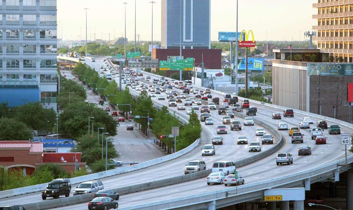 Traffic travels along the Pierce Elevated in Houston. (Cody Duty / Houston Chronicle)