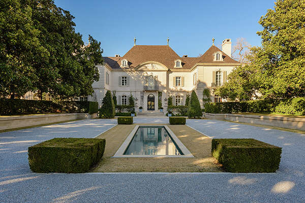 $100 million estate at 10000 Hollow Way in Dallas