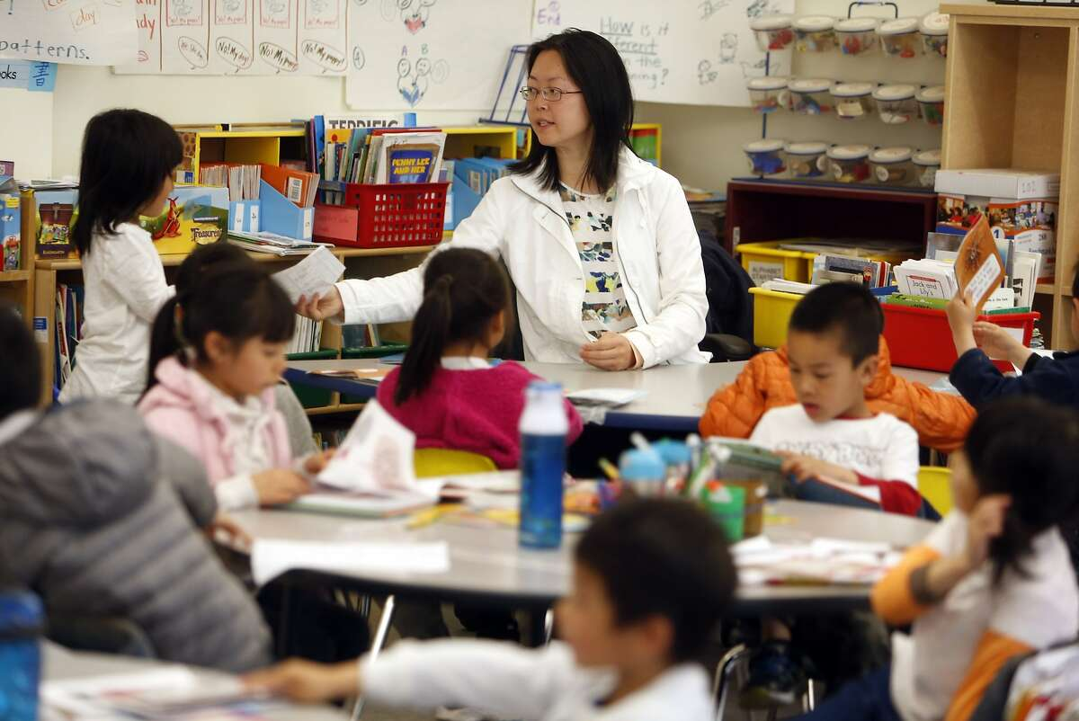 Chinese Bilingual teacher Theresa Chen leads her class at Monroe Elementary School in San Francisco, Calif., on Wednesday, April 29, 2015.