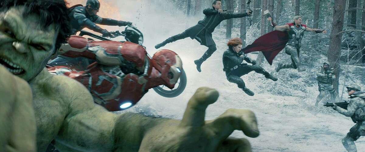 "(L-r) Hulk (Mark Ruffalo), Captain America (Chris Evans), Iron Man (Robert Downey Jr.), Hawkeye (Jeremy Renner), Black Widow (Scarlett Johansson) and Thor (Chris Hemsworth) in ?""Avengers: Age Of Ultron.?"" Illustrates FILM-AVENGERS-ADV01 (category e), by Ann Hornaday © 2015, The Washington Post. Moved Wednesday, April 29, 2015. (MUST CREDIT: Marvel/Walt Disney Studios.)"