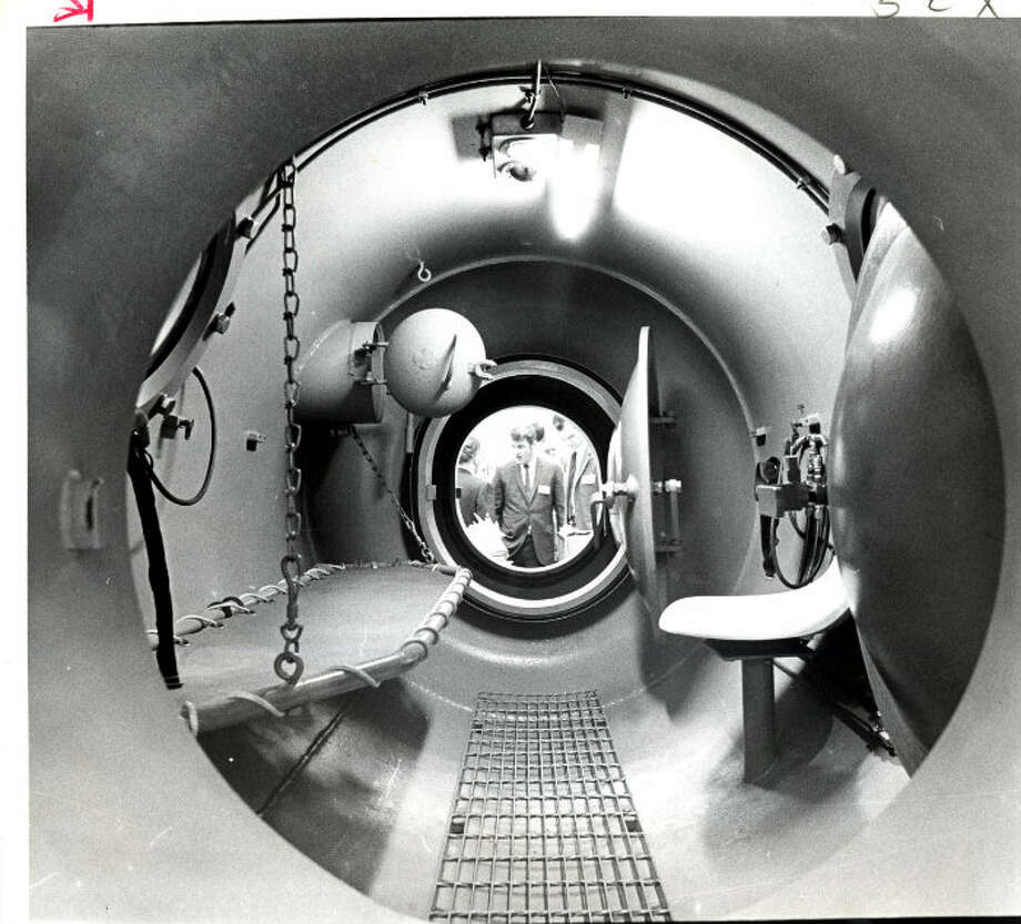 1969 - Looking through a decompression chamber by Wilson Industries. Photo: Tom Colburn, Houston Chronicle
