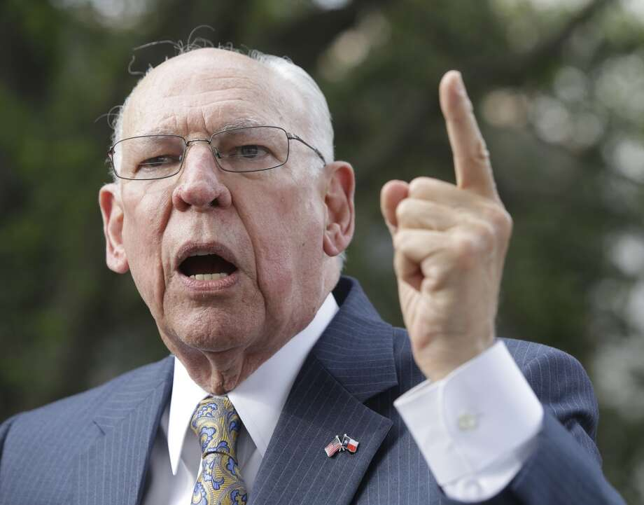 "Ted Cruz's father blasts Houston mayorRafael Cruz, father of Texas Sen. and Republican presidential candidate Ted Cruz, said in a video, """"I'll tell you what, it is appalling that in a city like Houston, right in the middle of the Bible Belt, we have a homosexual mayor.""See more of Rafael Cruz's most controversial comments ...  Photo: Melissa Phillip, Houston Chronicle"