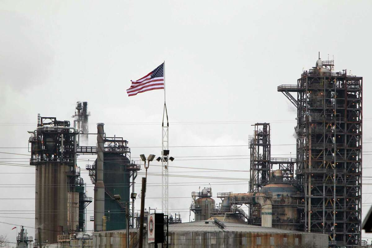 Exxon Mobil's refining business, which includes its complex in Baytown, showed an increase in first-quarter profit even though the company's overall net income slid.
