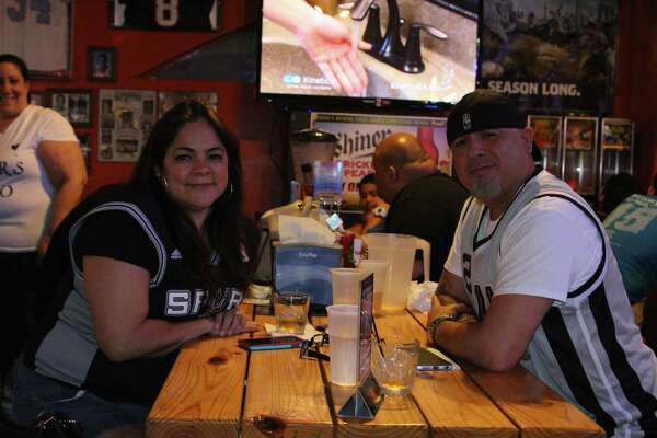 Hundreds of fans packed into local bars Thursday night for Game 6 of the Spurs and Los Angeles Clippers series.  Silver and Black faithful cheered their team in hopes of closing out the series at home and moving onto the second round of the NBA Playoffs to face the Houston Rockets.