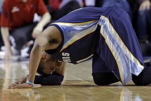 Warriors stick to game plan — even with Mike Conley out for Game 1 - Photo