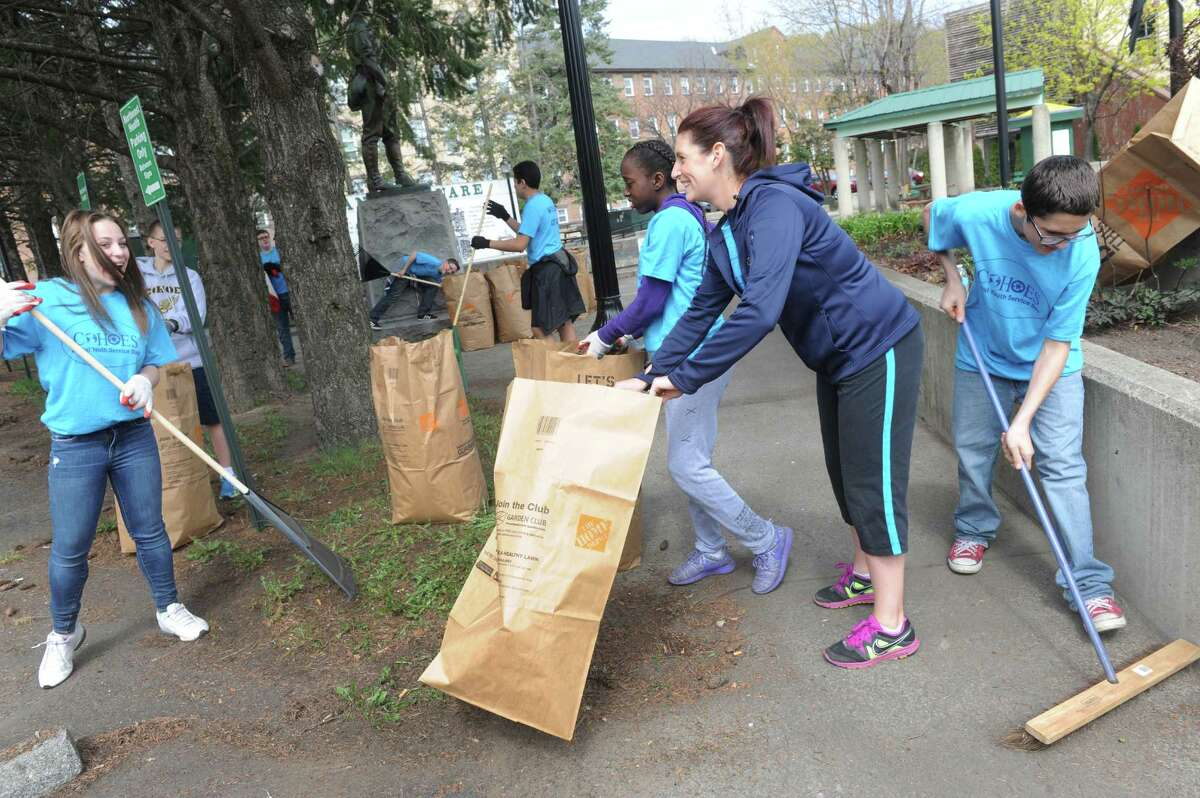 Click through the slideshow for 25 things to do this weekend. Spend Earth Day helping Parks Trails New York clean up during the annual Canal Clean Sweep at various locations along the state's canal system. Find one near you.