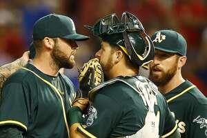 Oakland A's seek relief, call up Chad Smith, demote Ryan Cook - Photo