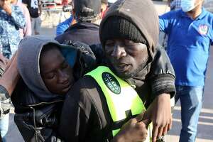 16 boatloads of smuggled migrants rescued off Libya - Photo