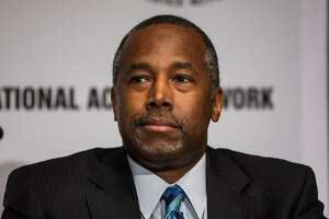 Ex-neurosurgeon Ben Carson, a conservative star, seeks presidency - Photo