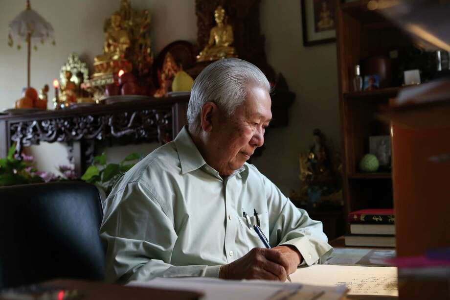 "Generation 1: Nan Yang founder Philip Chu spends his retirement writing and researching two books: ""The Story of Food"" and an English translation of a Chinese Taoist text. Photo: Amy Osborne / The Chronicle / ONLINE_YES"