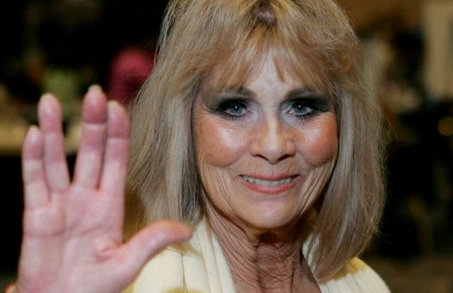 Grace Lee Whitney Yeoman Janice Rand On Star Trek Dead At 85