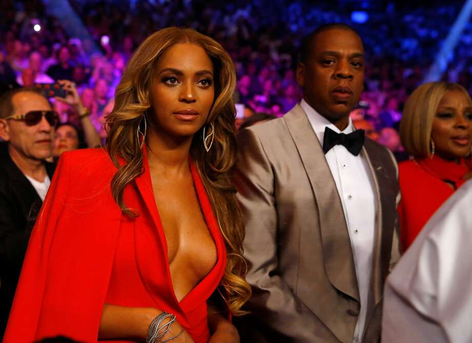 LAS VEGAS, NV - MAY 02: Beyonce Knowles and Jay Z attend the welterweight unification championship bout on May 2, 2015 at MGM Grand Garden Arena in Las Vegas, Nevada.  (Photo by Al Bello/Getty Images) Photo: Al Bello, Getty Images