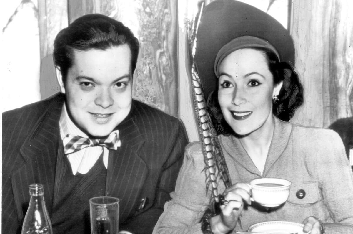 Welles, who had a reputation as a ladies' man, had an affair with actress Dolores del Rio, a star of Hollywood and Mexican cinema.