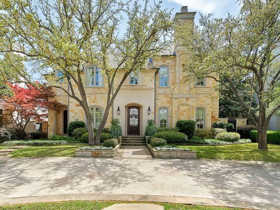 Dallas home listed at $3,134,700. Photo: Briggs Freeman Sotheby International Realty