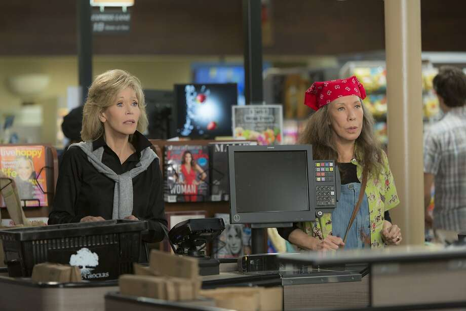 """Jane Fonda is Grace and Lily Tomlin is Frankie in the net Netflix comedy """"Grace and Frankie"""" Jane Fonda and Lily Tomlin in the Netflix Original Series """"Grace and Frankie"""". Photo by Melissa Moseley for Netflix.Ê Photo: Melissa Moseley, Netflix"""