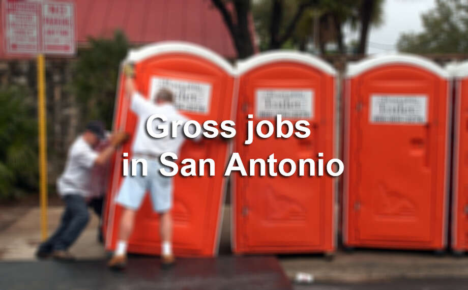The city of San Antonio couldn't run smoothly without a cadre of people with willing to do some of the grossest jobs in town. Photo: BOB OWEN, San Antonio Express-News / SAN ANTONIO EXPRESS-NEWS