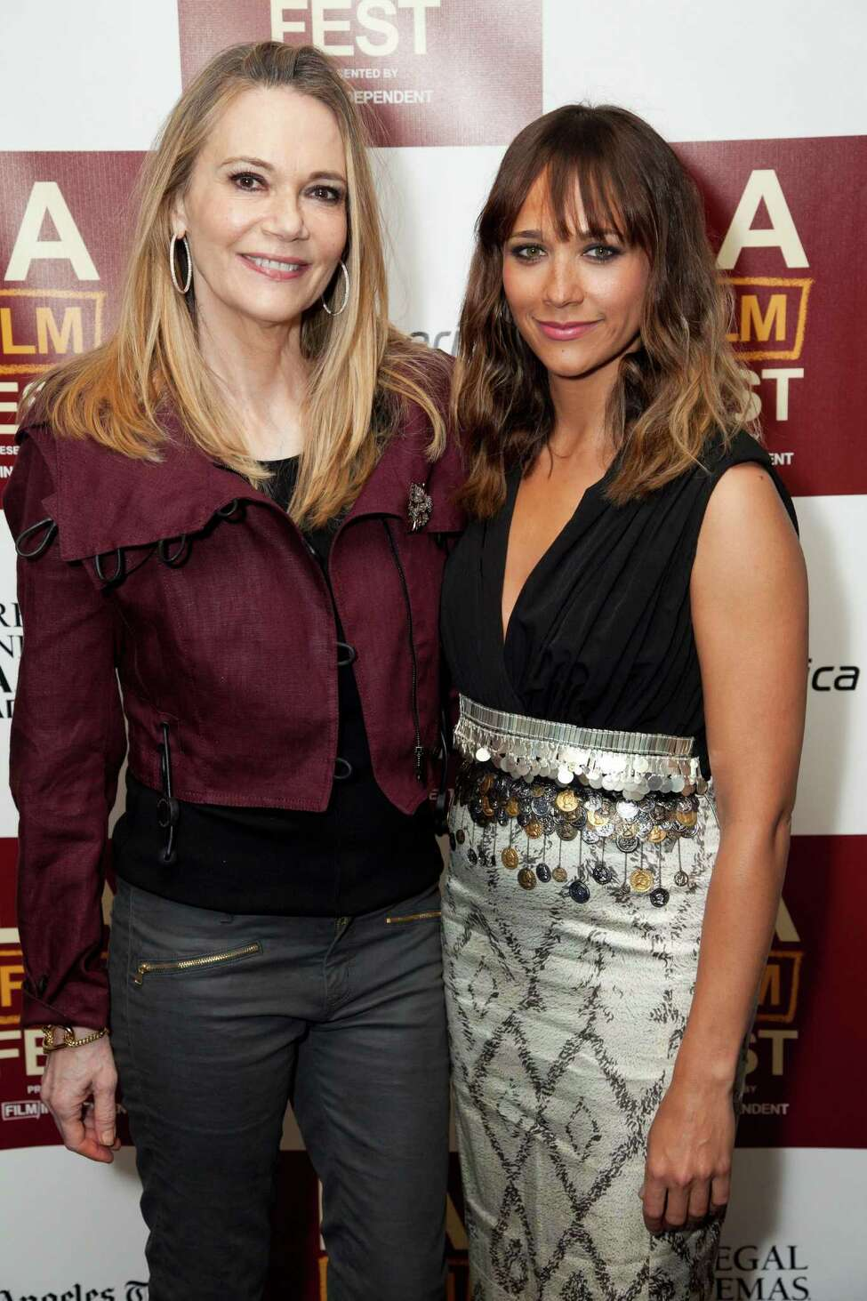 Peggy Lipton (born in 1946) and Rashida Jones (born in 1976)
