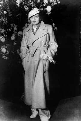 Marlene Dietrich, January 1933