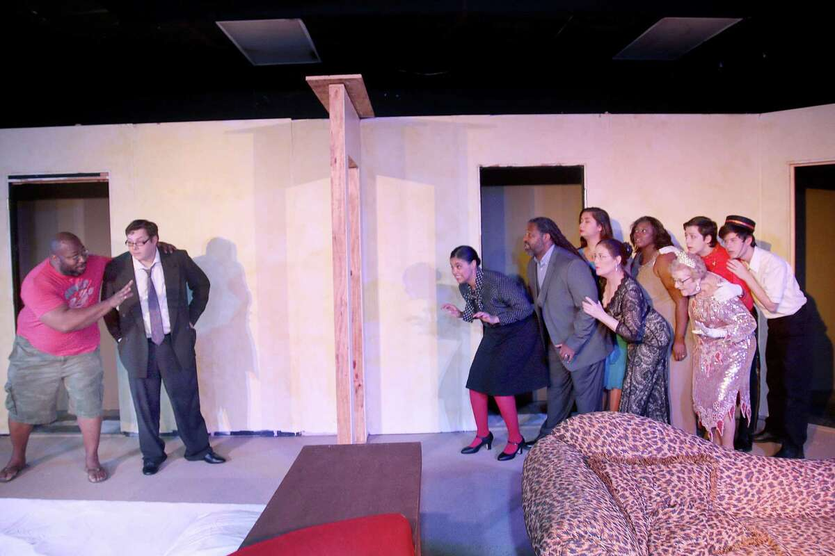 """""""Lend Me a Tenor"""" at Pearl Theater is peppered with high jinks and quips."""