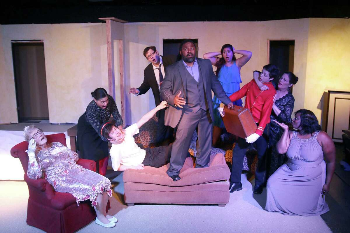éLend Me a Tenoré plays May 8-24 at Pearl Theater.