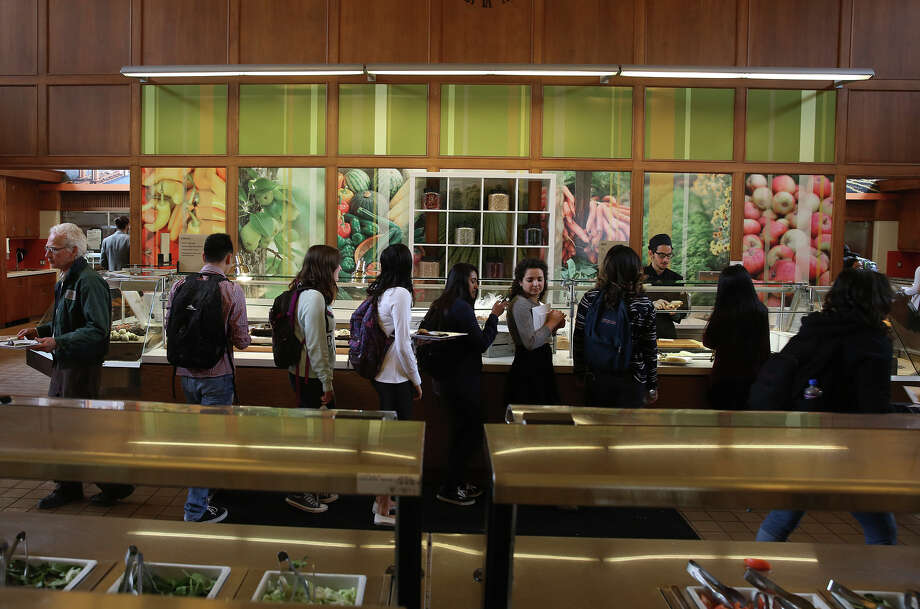 Students line up for lunch at Dominican University in San Rafael. Photo: Liz Hafalia / The Chronicle / ONLINE_YES