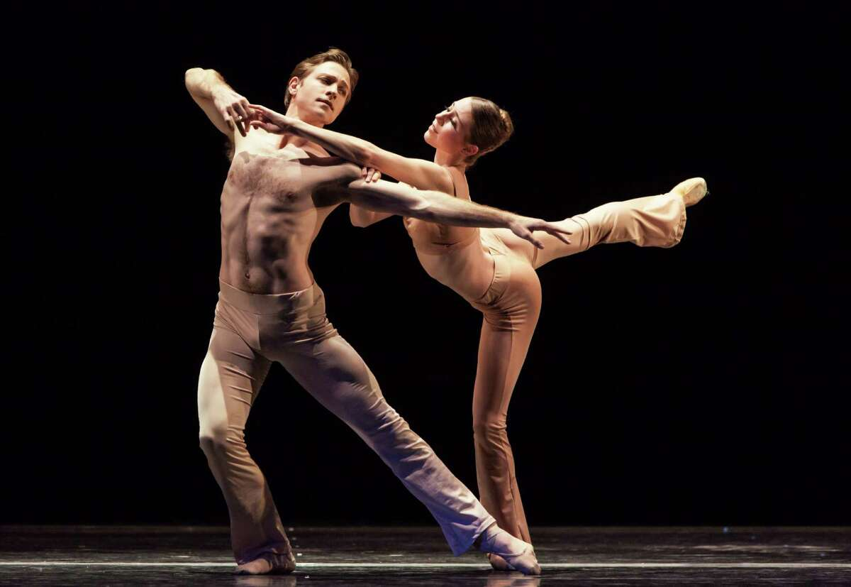 """Ian Casady and Jessica Collado perform in """"Sons de L'Âme,"""" a piece created by Houston Ballet's Stanton Welch featuring pianist Lang Lang performing Frederic Chopin."""