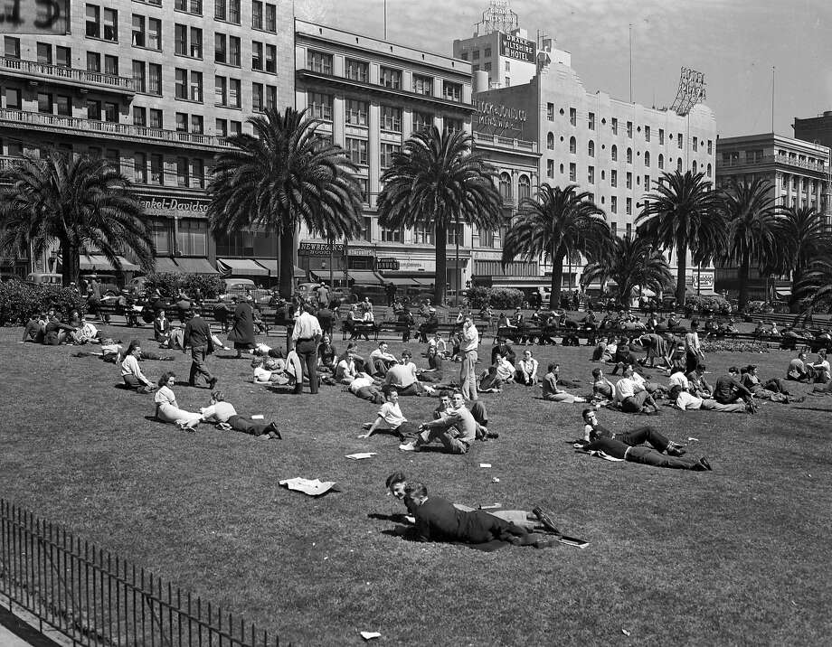 Union Square, San Francisco  Chronicle photo, but unknown photographer