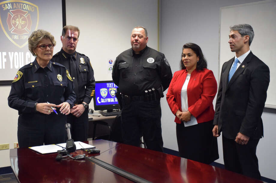 Bexar County Sheriff Susan Pamerleau (at microphone) joined other public safety officials in announcing the 911 text messaging capability in Bexar, Guadalupe and Comal counties. Photo: Mark D. Wilson /San Antonio Express-News / San Antonio Express-News